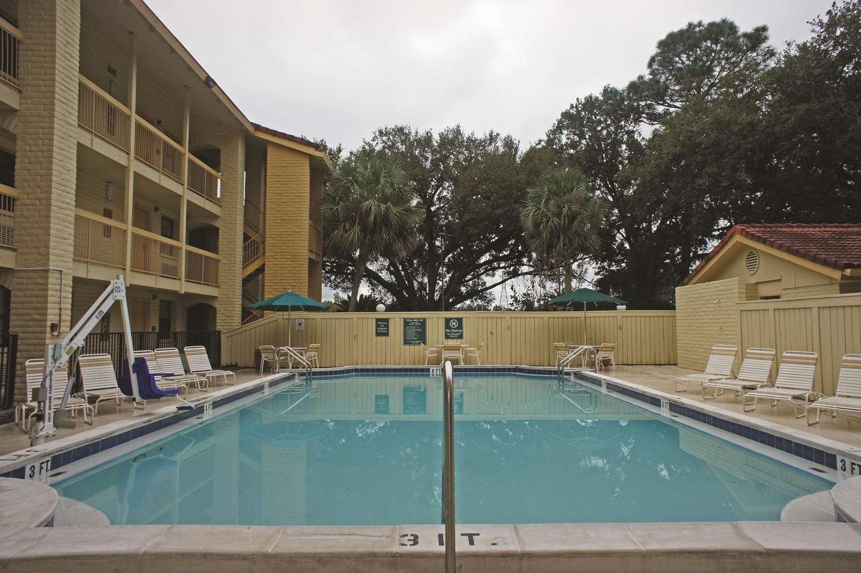 Pool - La Quinta Inn Pensacola