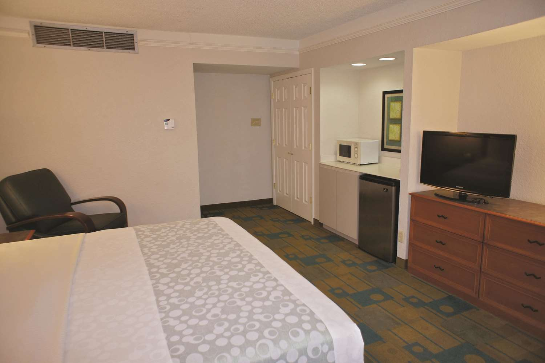 Suite - La Quinta Inn Pensacola