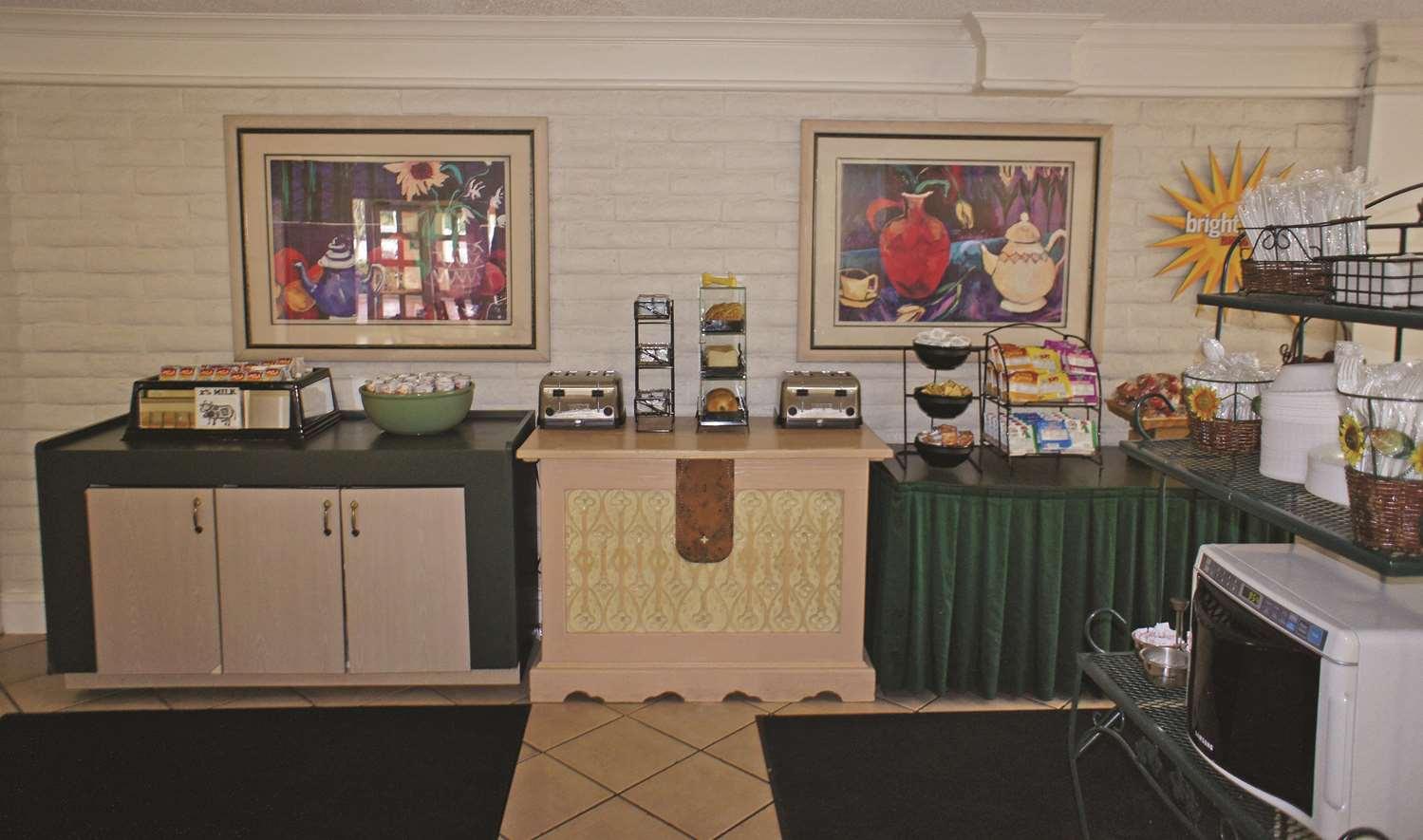 proam - La Quinta Inn Pensacola