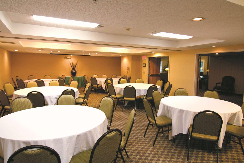 Meeting Facilities - La Quinta Inn & Suites Hayward