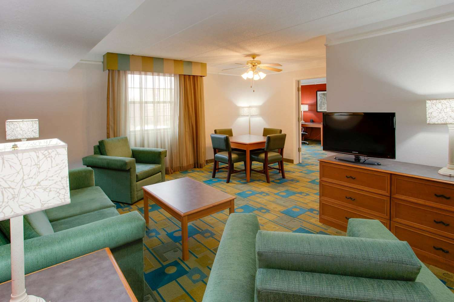Suite - La Quinta Inn Pittsburgh Airport Moon Township