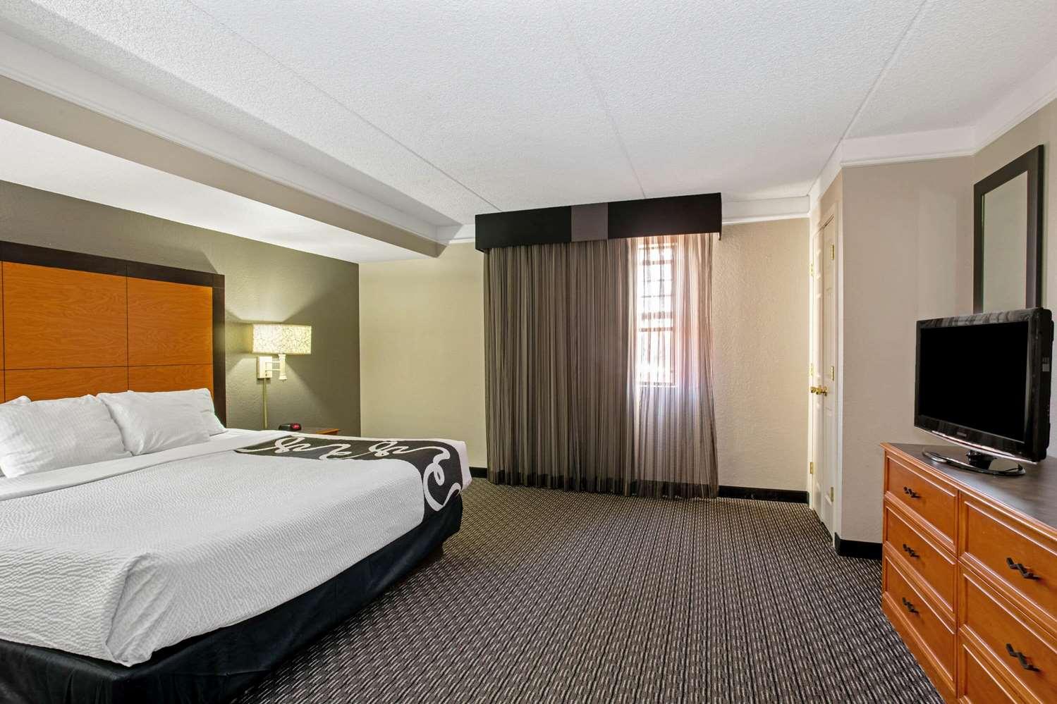 Suite - La Quinta Inn Golden