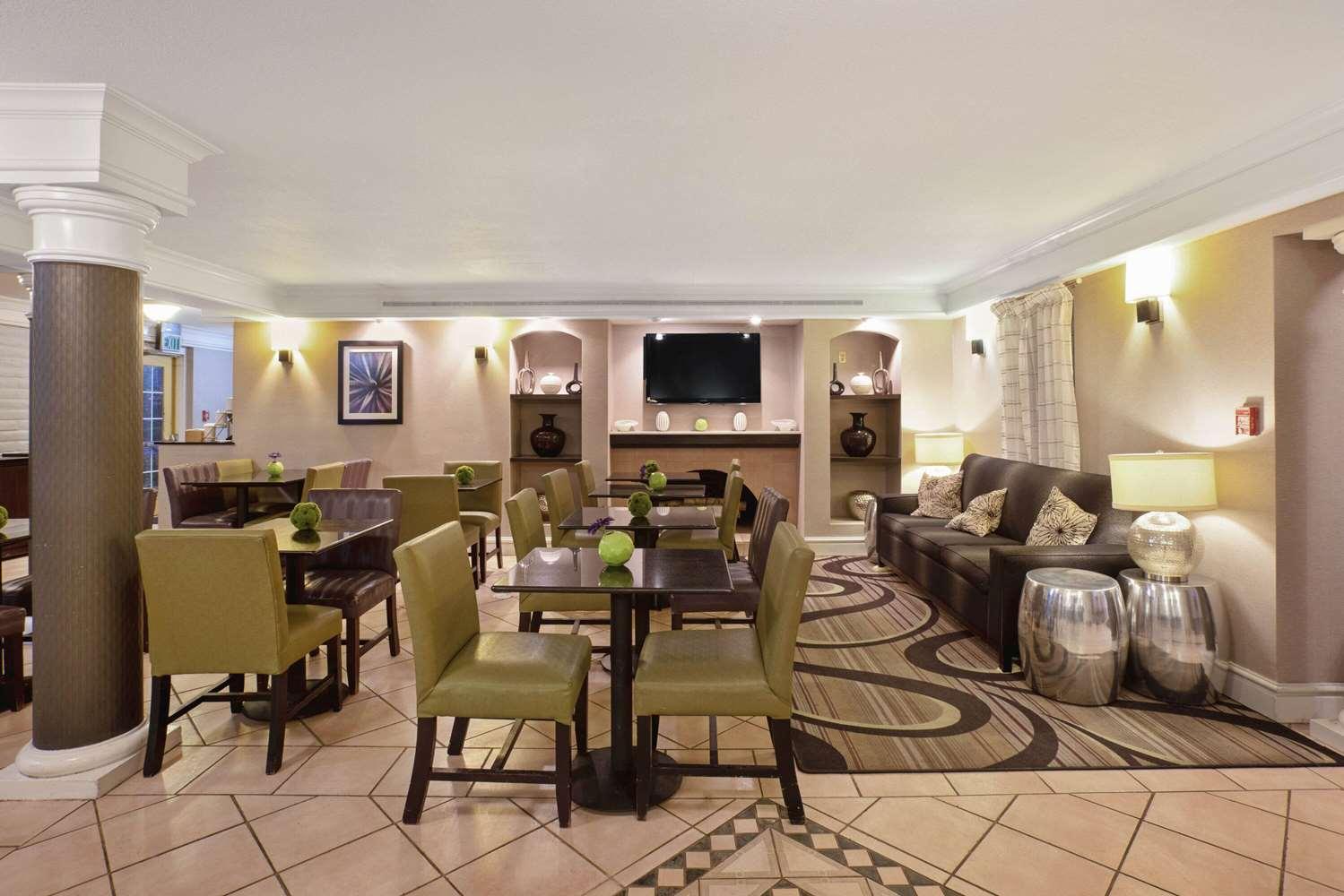 Lobby - La Quinta Inn Golden