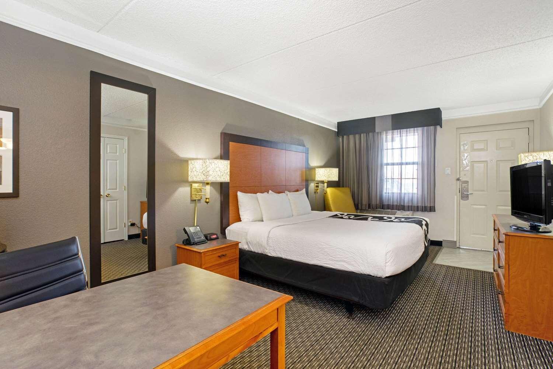 Room - La Quinta Inn Golden
