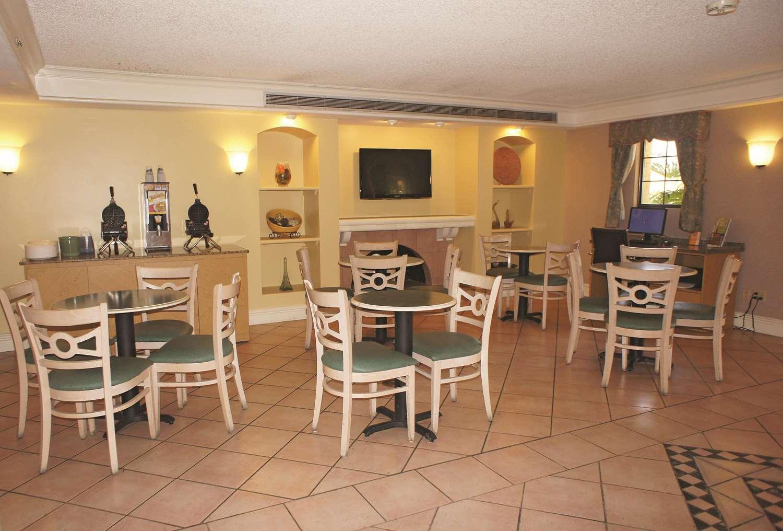 proam - La Quinta Inn Vista