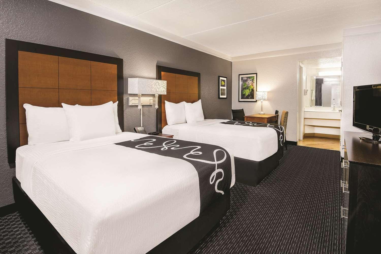 Room - La Quinta Inn North The Woodlands