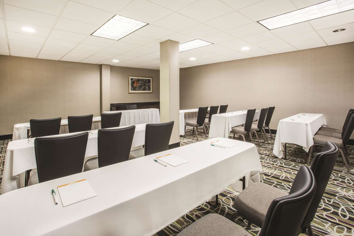 Meeting Facilities - La Quinta Inn Kirkland