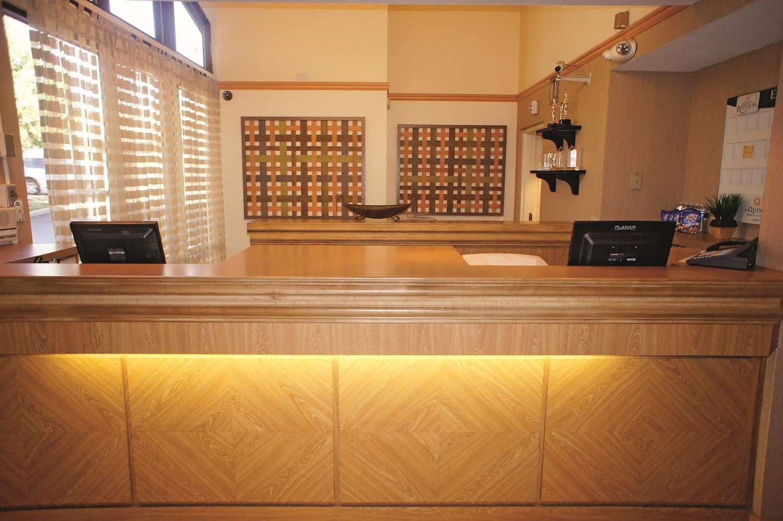 Lobby - La Quinta Inn Layton