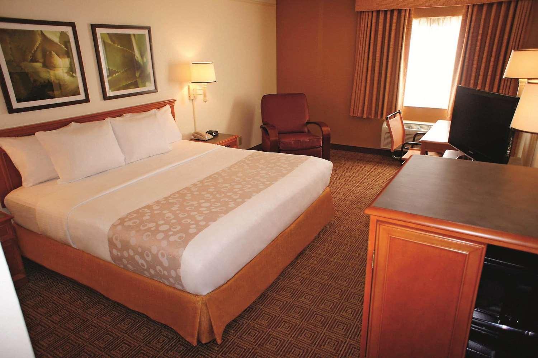 Room - La Quinta Inn Layton