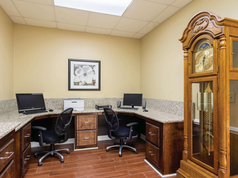 Conference Area - La Quinta Inn & Suites Prattville