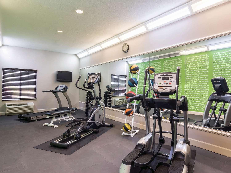 Fitness/ Exercise Room - La Quinta Inn & Suites Prattville