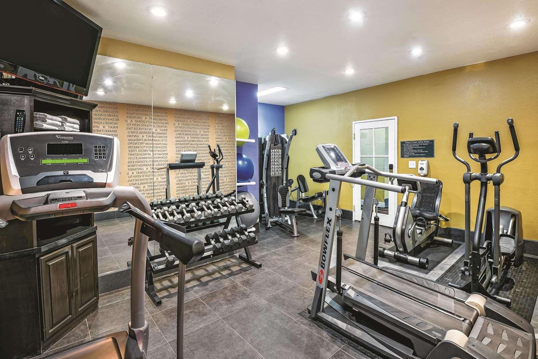 Fitness/ Exercise Room - La Quinta Inn & Suites Airport Laredo