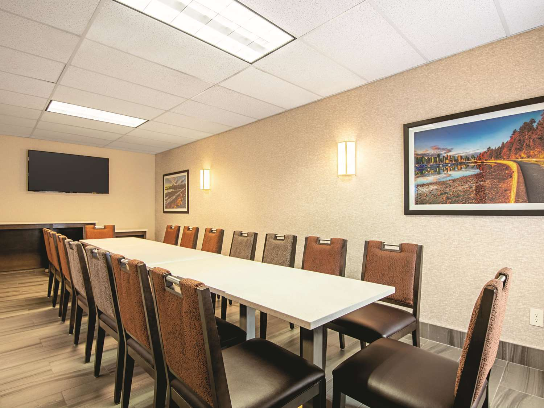Meeting Facilities - La Quinta Inn Airport Vancouver Richmond