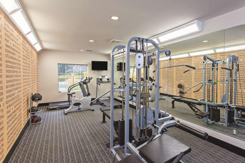 Fitness/ Exercise Room - La Quinta Inn & Suites Stevenson Ranch