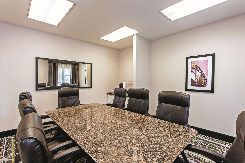 Meeting Facilities - La Quinta Inn & Suites Stevenson Ranch