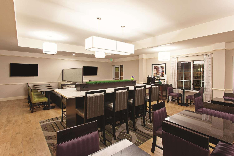 proam - La Quinta Inn & Suites Stevenson Ranch