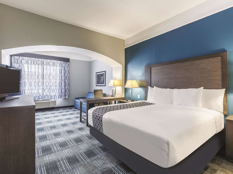 Room - La Quinta Inn & Suites Webster