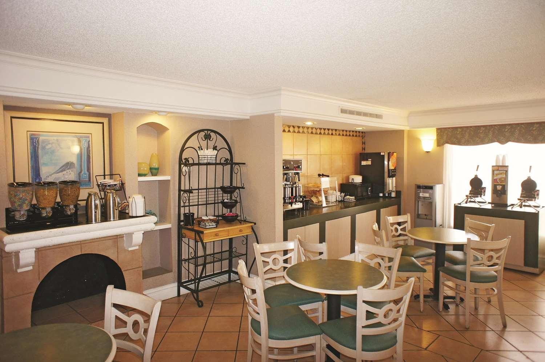 proam - La Quinta Inn Lenexa