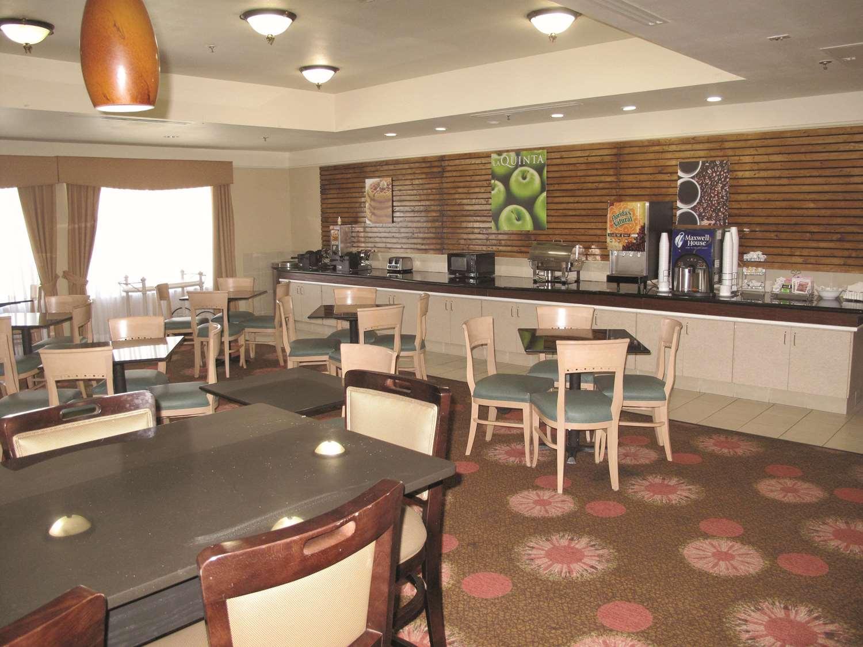 proam - La Quinta Inn & Suites Seguin