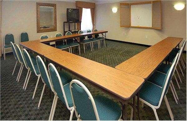 Meeting Facilities - La Quinta Inn & Suites Seguin