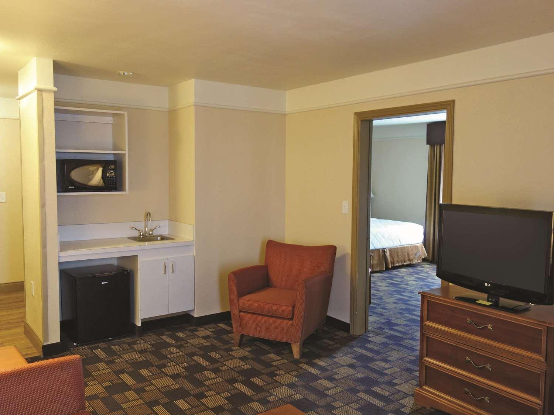 Suite - La Quinta Inn & Suites Seguin