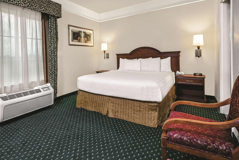 Suite - La Quinta Inn & Suites Stephenville