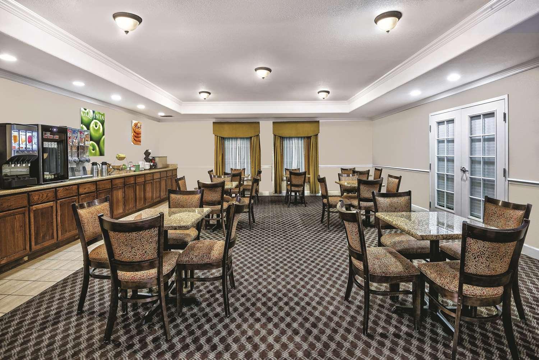 proam - La Quinta Inn & Suites Stephenville
