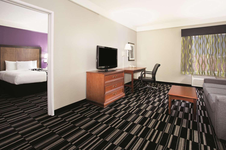 Suite - La Quinta Inn & Suites Roswell