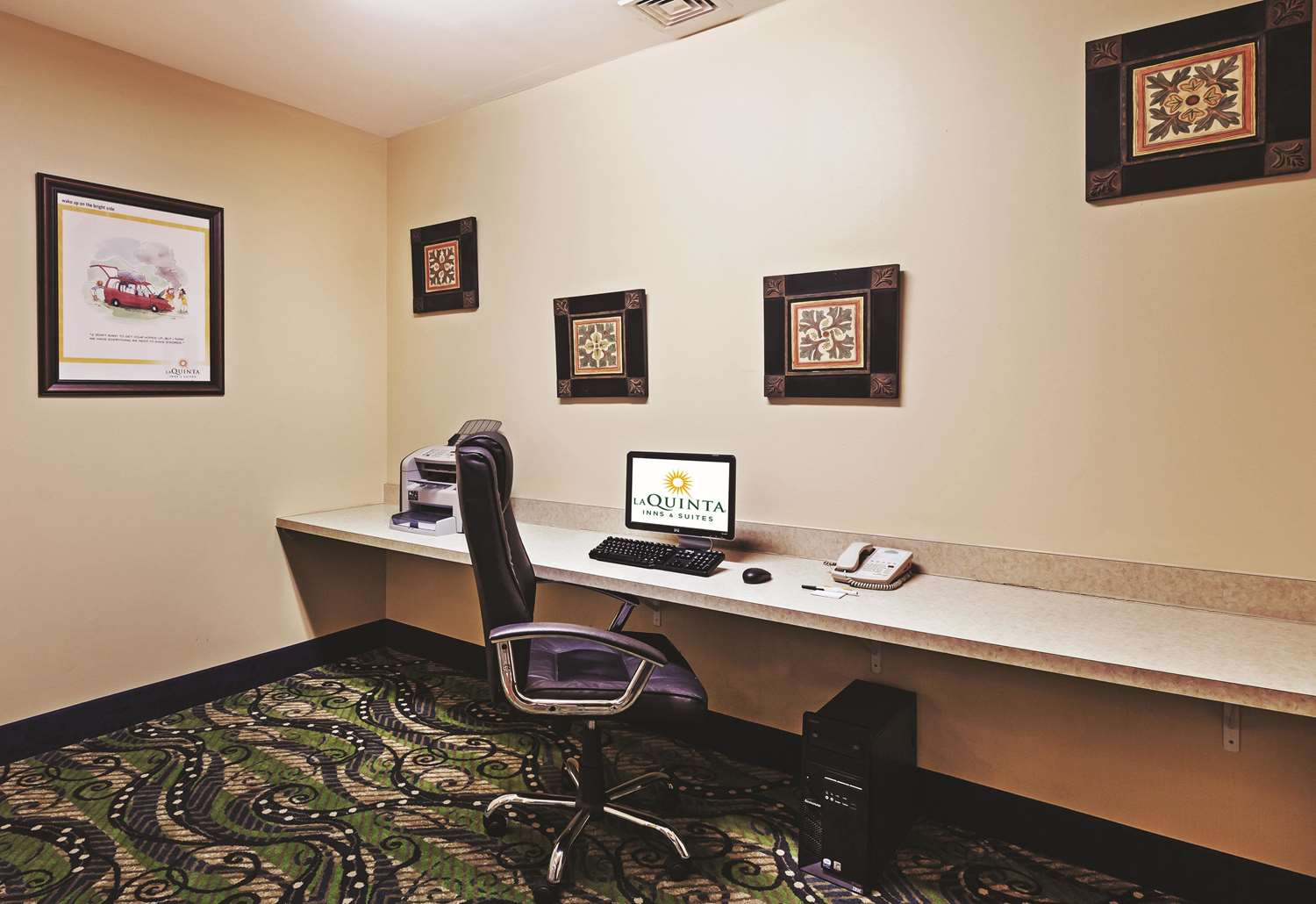Conference Area - La Quinta Inn & Suites Shawnee