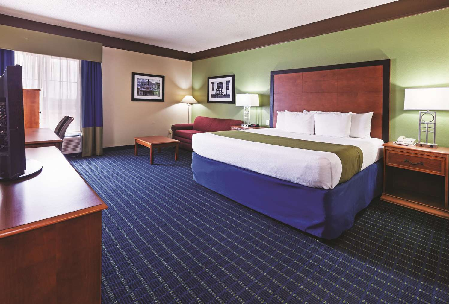 Room - La Quinta Inn & Suites Shawnee