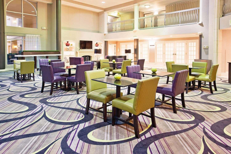 proam - La Quinta Inn & Suites Macon