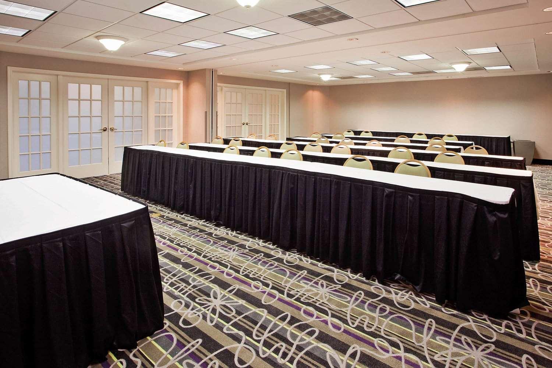 Meeting Facilities - La Quinta Inn & Suites Macon