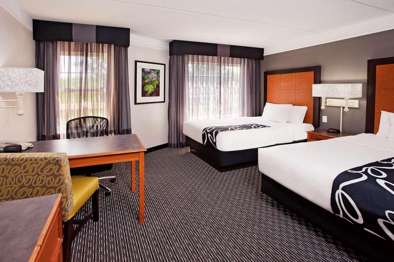 Room - La Quinta Inn & Suites Macon
