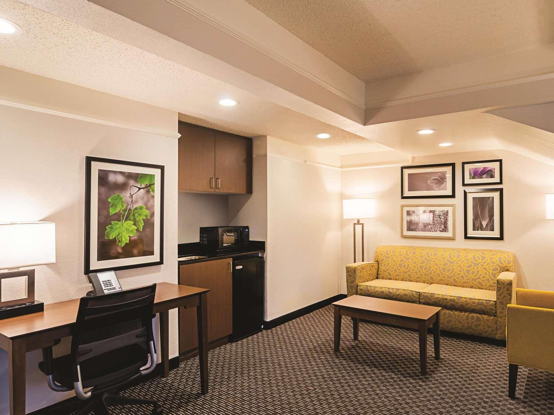 Suite - La Quinta Inn & Suites Tech Center Englewood