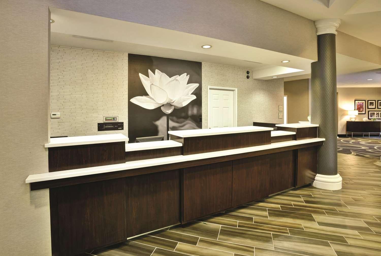 Lobby - La Quinta Inn & Suites Homewood