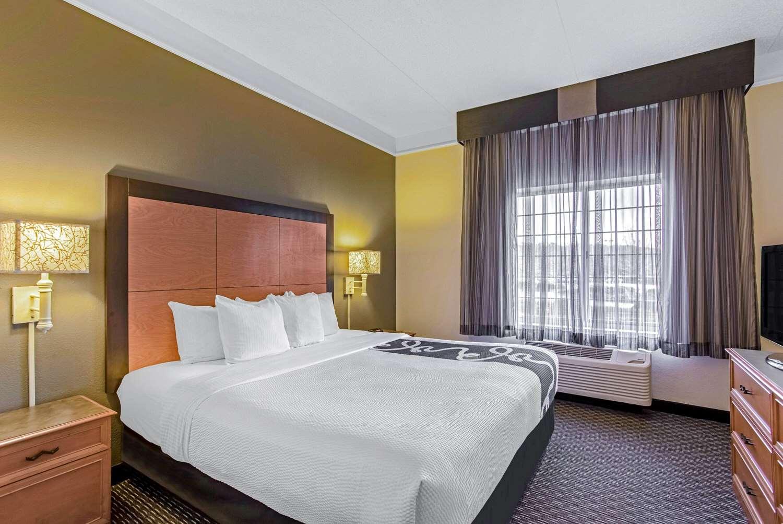 Suite - La Quinta Inn & Suites Homewood