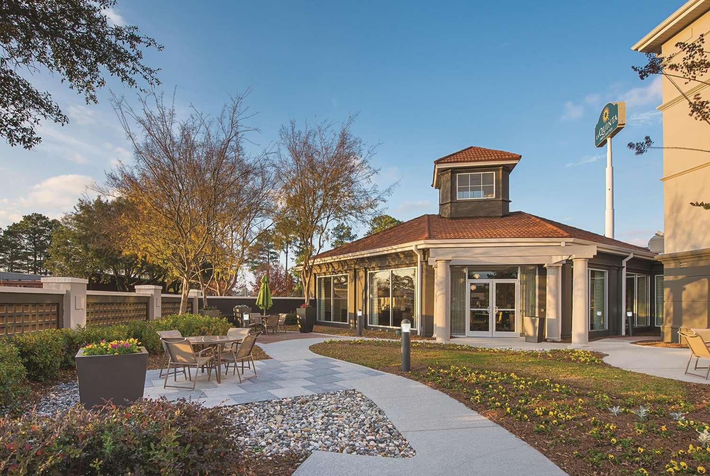 Exterior view - La Quinta Inn & Suites Airport Shreveport