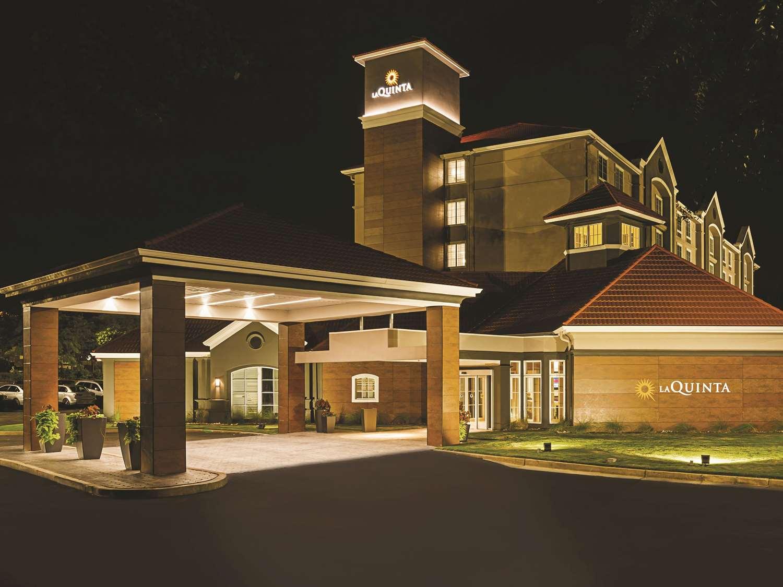 Exterior view - La Quinta Inn & Suites Alpharetta