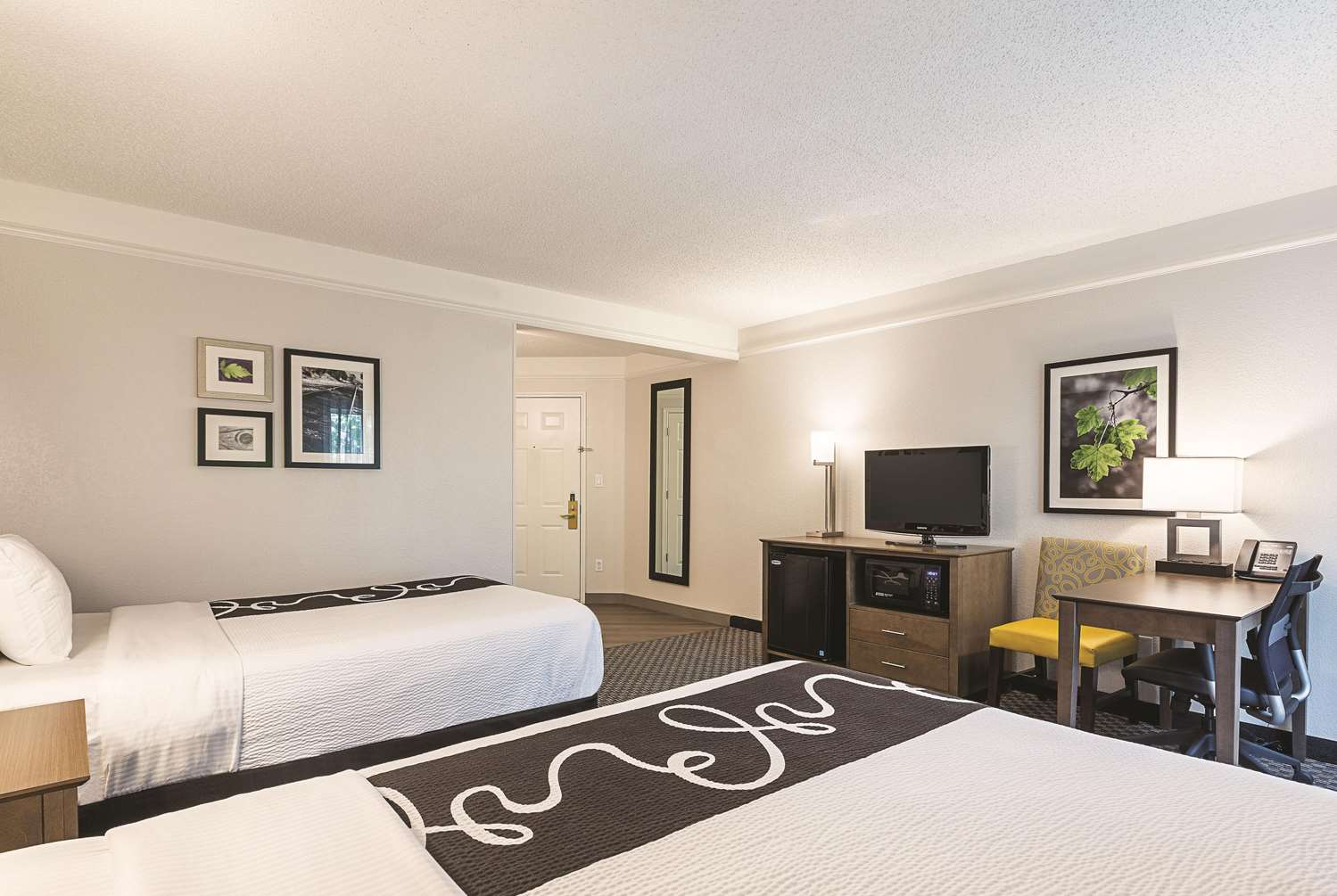 La Quinta Inn Amp Suites West Plano Tx See Discounts