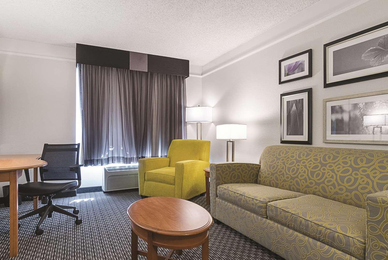 Suite - La Quinta Inn & Suites West Mesa