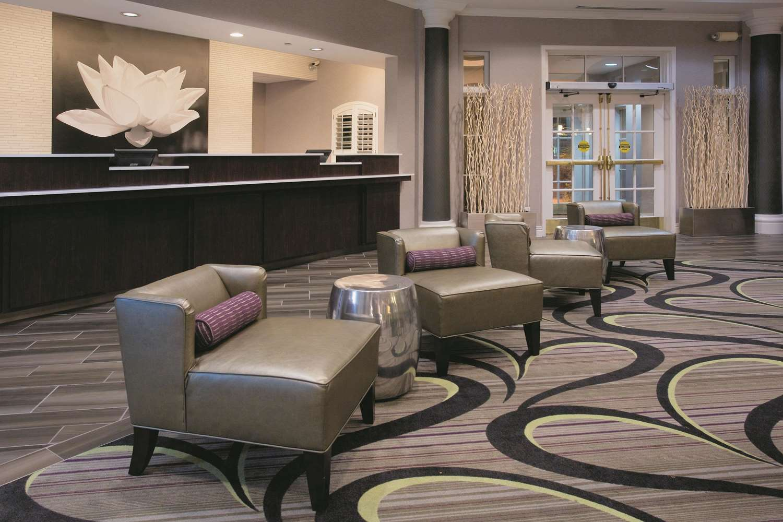 Lobby - La Quinta Inn & Suites East Mesa