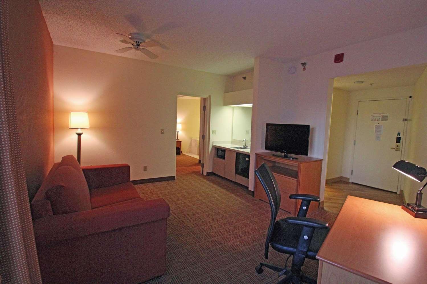 Suite - La Quinta Inn South Orlando