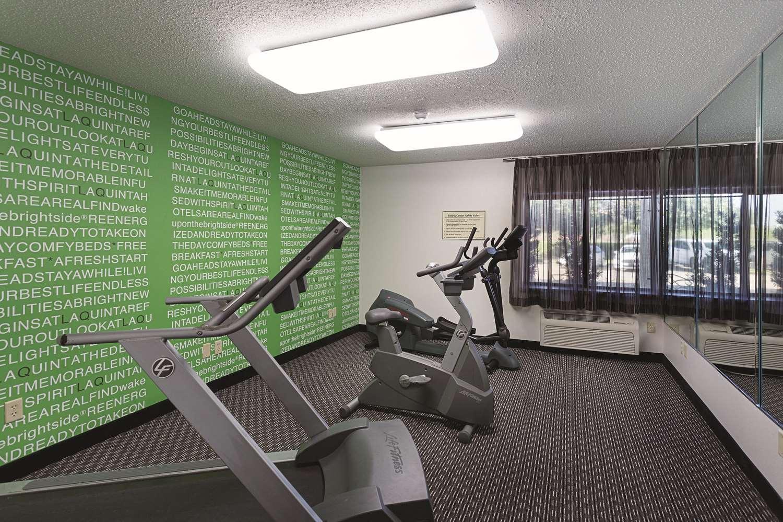 Fitness/ Exercise Room - La Quinta Inn & Suites Baton Rouge