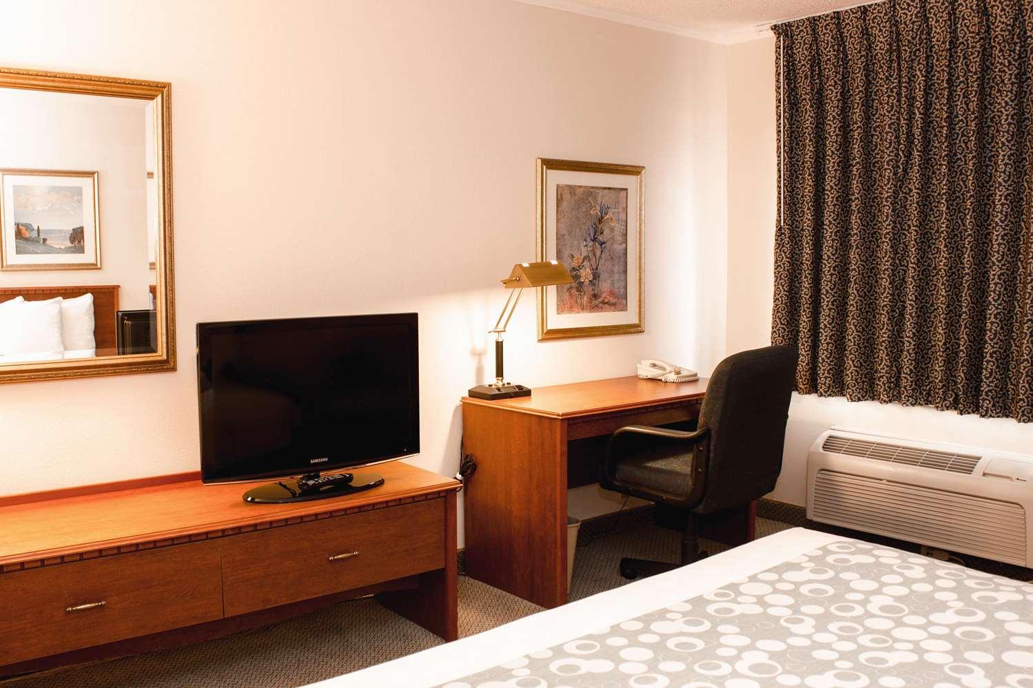 Room - La Quinta Inn Springdale