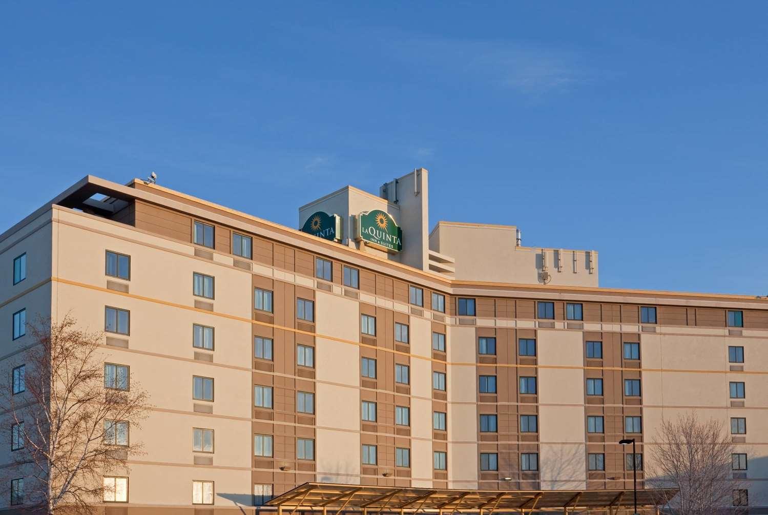 Exterior view - La Quinta Inn & Suites Somerville