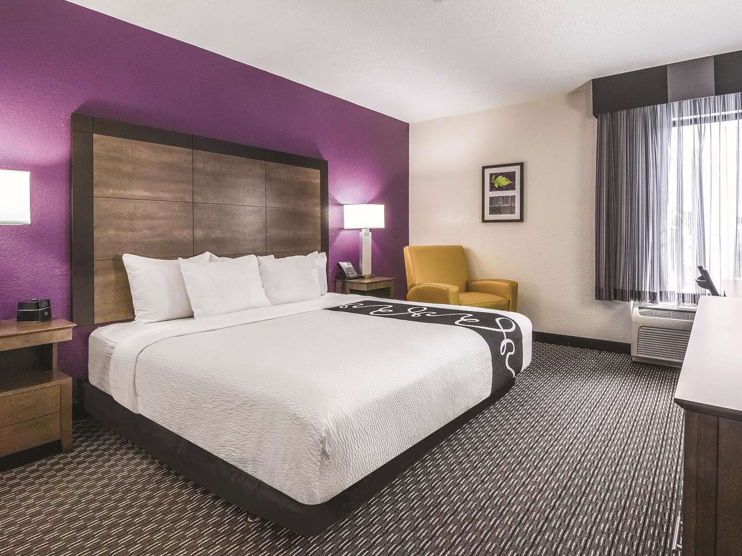Room - La Quinta Inn & Suites at 48th Ave Myrtle Beach