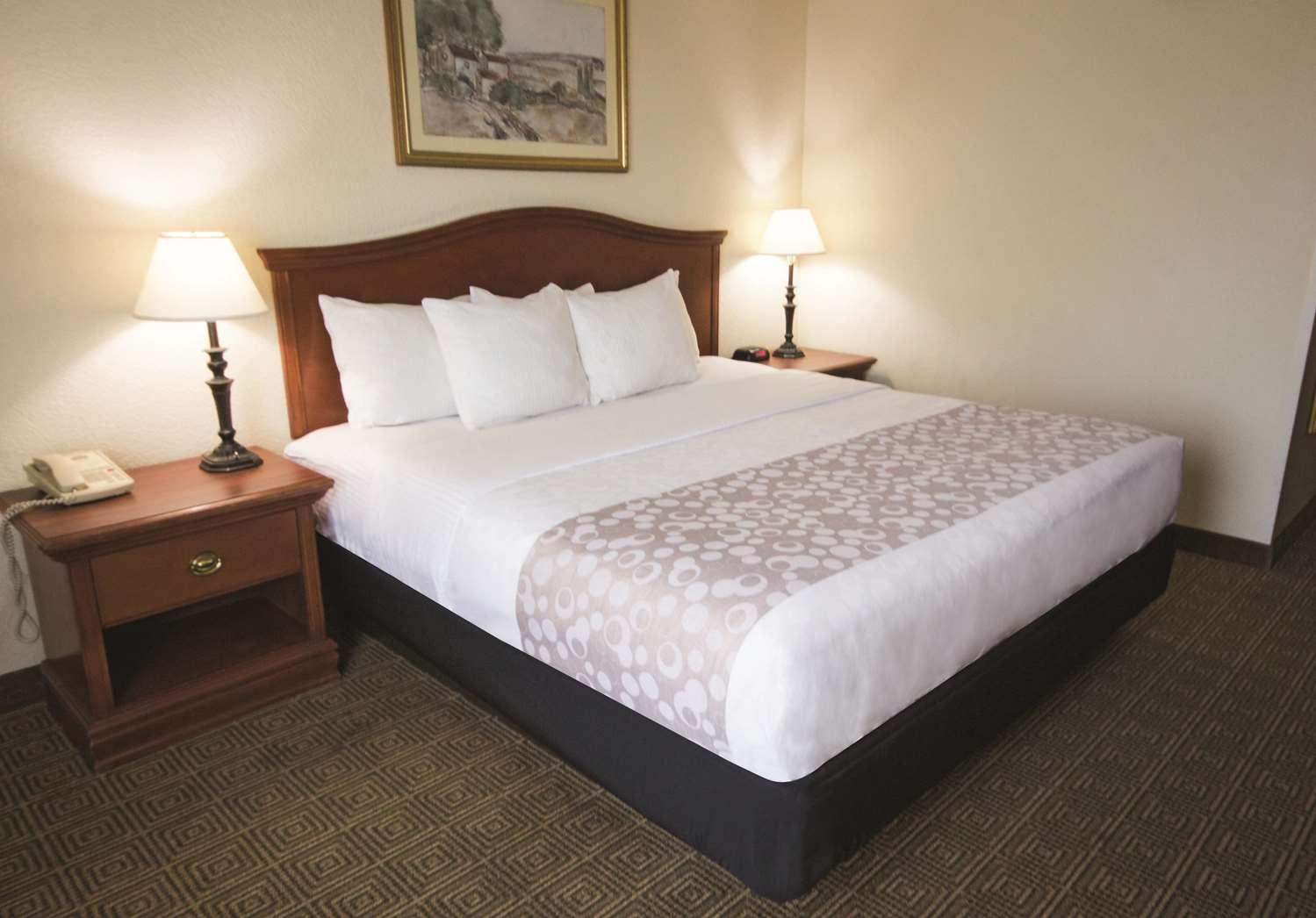 Room - La Quinta Inn Downtown Little Rock