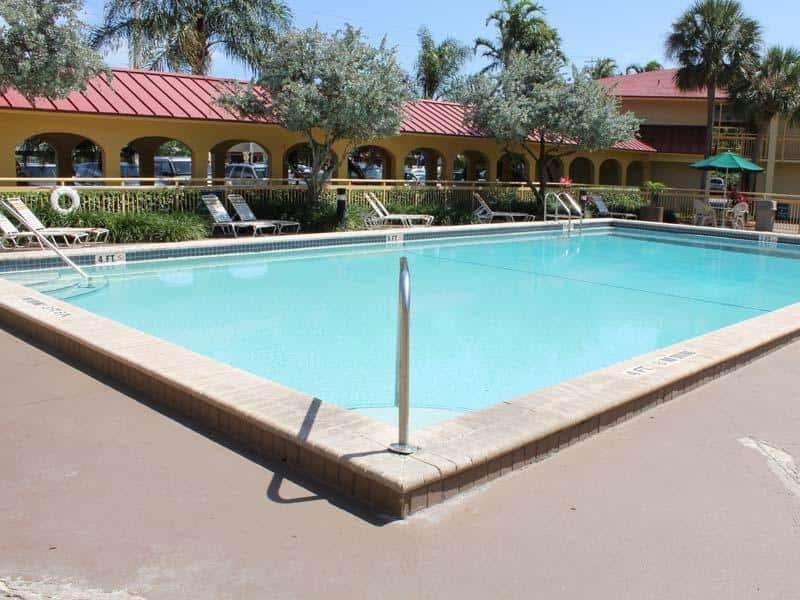 Pool - La Quinta Inn Northeast Fort Lauderdale