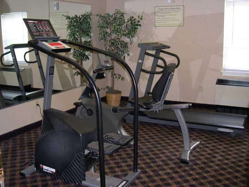 Fitness/ Exercise Room - La Quinta Inn & Suites St Albans