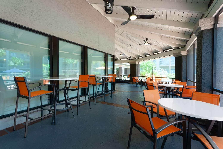 Restaurant - La Quinta Inn & Suites Sanibel Fort Myers